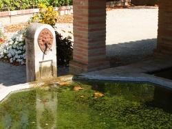 Photo paysage et monuments, Parisot - Fontaine