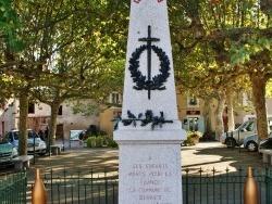 Photo paysage et monuments, Serviès - Monument aux Morts