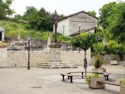 Photo paysage et monuments, Vieux - La place de l'église