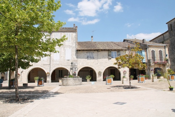 Photo Castelsagrat - Le Village