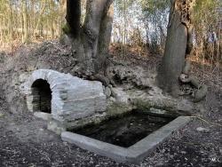Photo paysage et monuments, Durfort-Lacapelette - Restauration des fontaines de campagne