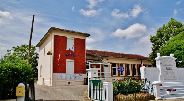 Photo Labourgade - La Mairie