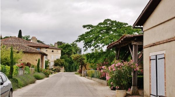 Photo Lamothe-Cumont - Le Village