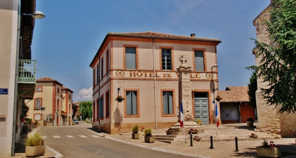 Photo Vazerac - L'Hotel-de-Ville