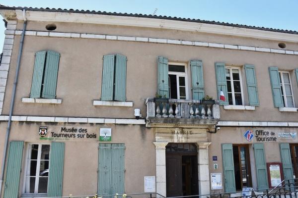 Photo Aiguines - la Mairie