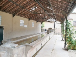 Photo paysage et monuments, Le Val - lavoir romain