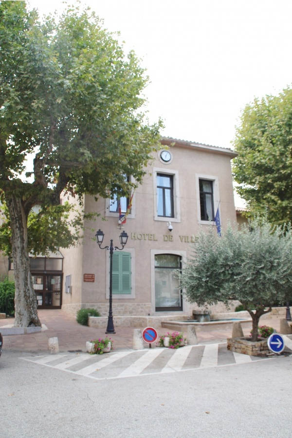 Photo Le Val - la mairie
