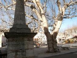 Photo paysage et monuments, Bédoin - monument dit La Pyramide