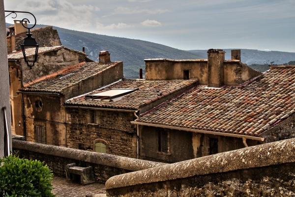 Photo Bonnieux - Le ciel est par-dessus les toits