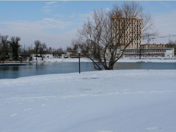 Photo Le Pontet - le lac du pontet avec la neige (10/01/2010)
