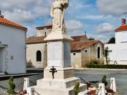 Photo paysage et monuments, Sainte-Radégonde-des-Noyers - Monument aux Morts