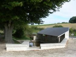 """Photo paysage et monuments, Ranton - Ranton: Lavoir de la """"Fontaine de Lourdine"""""""