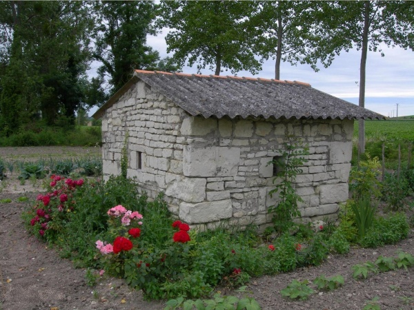 Photo Ranton - Ranton:  abri de jardin