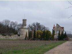 Photo paysage et monuments, Saint-Genest-d'Ambière - Château de Puygarreau