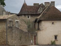 Photo paysage et monuments, Vivonne - Première partie construite au XVe siècle dans le style angevin