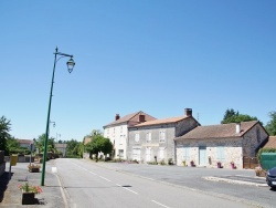 Photo paysage et monuments, Pensol - Le Village