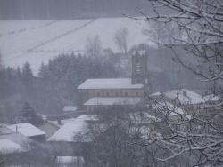 Photo paysage et monuments, Belmont-lès-Darney - le village dans le brouillard 22.12.2010