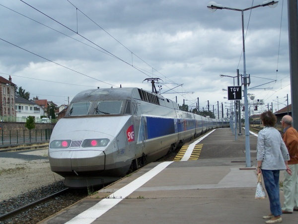 Photo Épinal - TVG en Gare d'Epinal