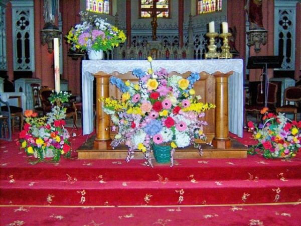 l' autel de l'église de Moussey