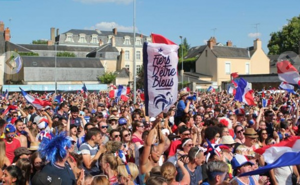 Photo Les Voivres - Fan zone à La Flèche