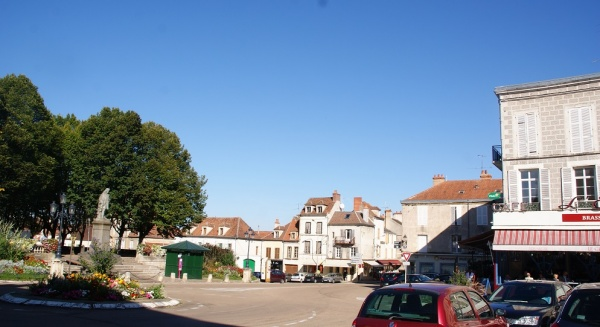 Photo Avallon - Le Village