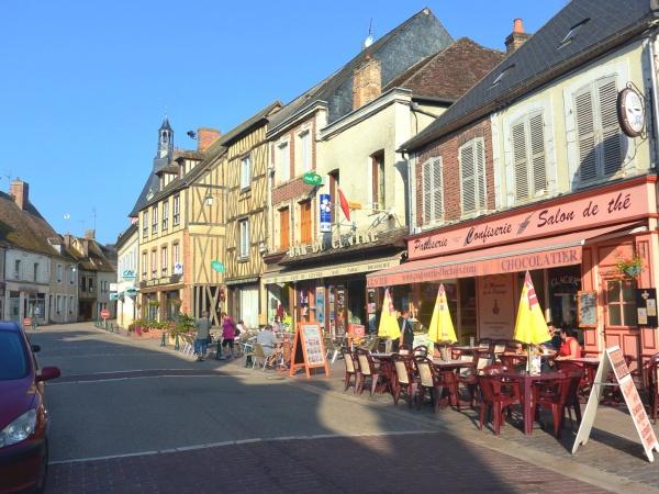 Photo Saint-Fargeau - Saint-Fargeau 89:centre ville.