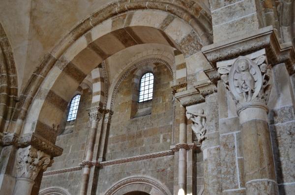 Basilique Ste Marie-Madeleine  Em Siècle