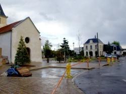 Photo paysage et monuments, Le Plessis-Bouchard - L'église Saint-Nicolas et l'Hôtel de ville