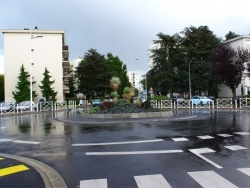Photo paysage et monuments, Le Plessis-Bouchard - Le nouveau rond-point du centre-bourg