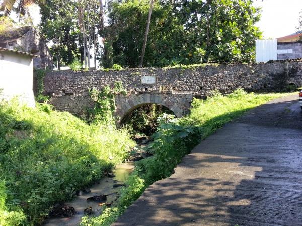 l'aqueduc de la petite guinée à Basse-terre
